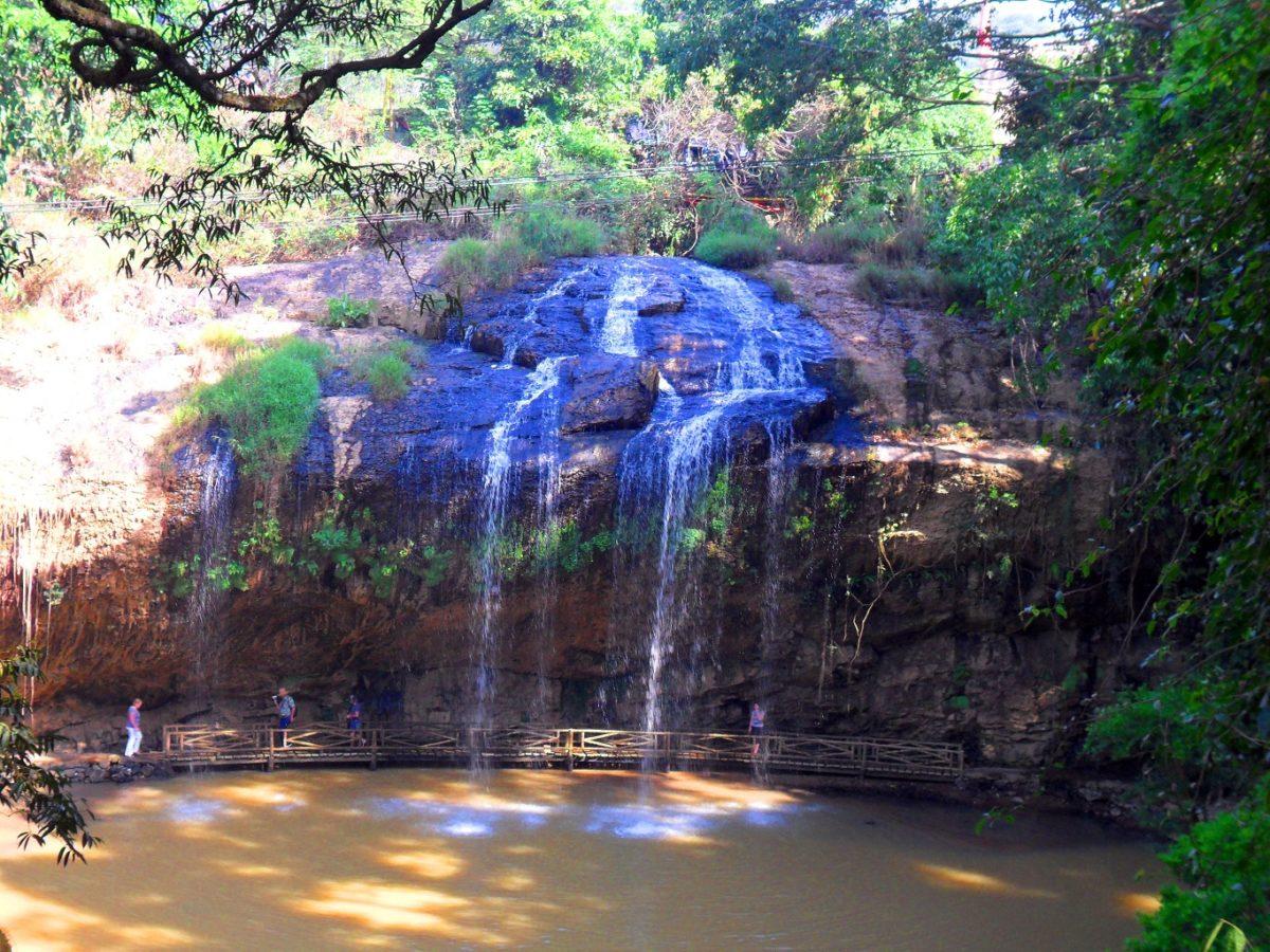водопад далат