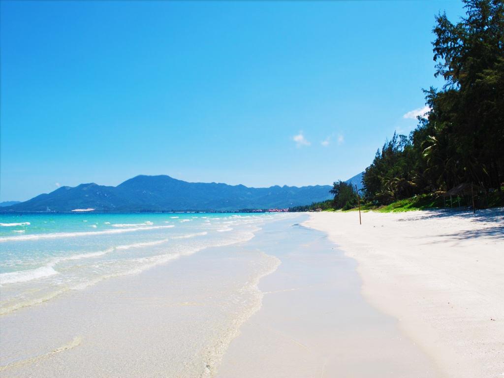 пляжи нячанг