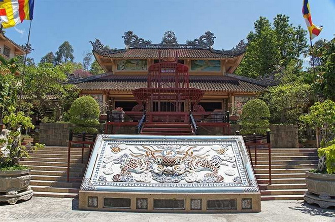 Пагода Лог Шон