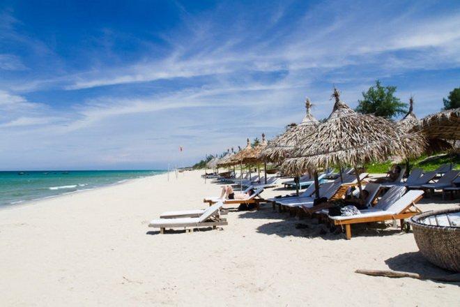 Собственный пляж отеля Six Senses